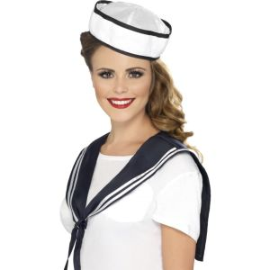 32897 - Sailor Instant Kit, With Scarf And Hat